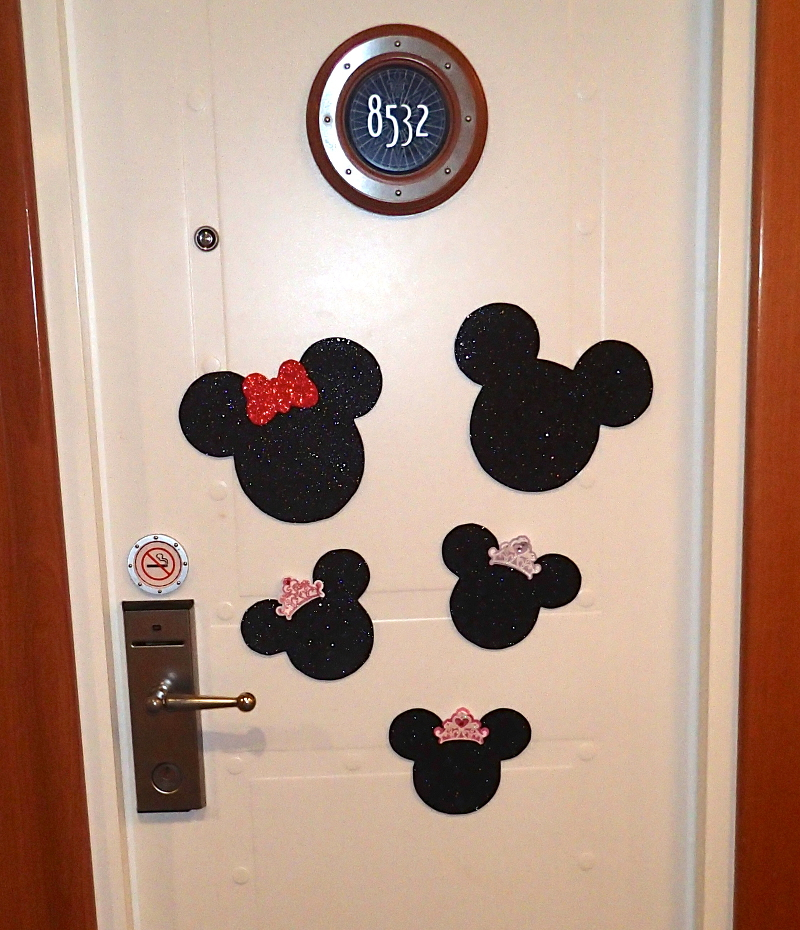 OLYMPUS DIGITAL CAMERA : disney door - Pezcame.Com