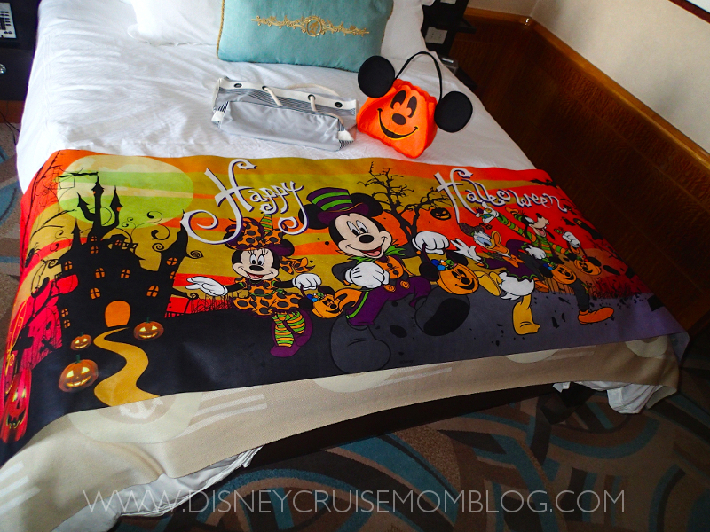 Disney Cruise Line Finding Nemo In Room Decorations